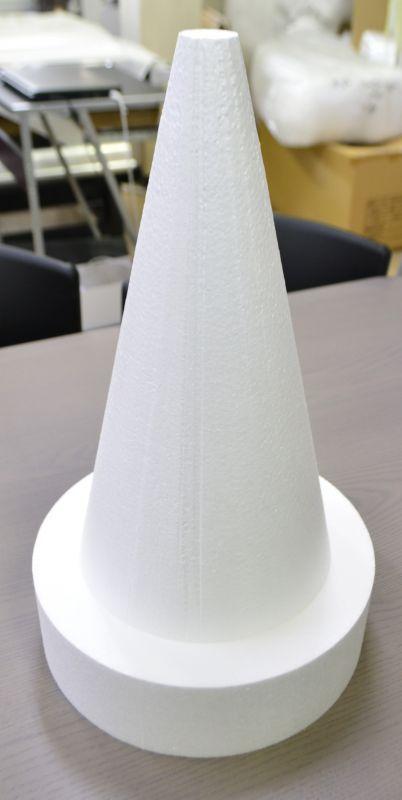 発泡スチロール 三角錐
