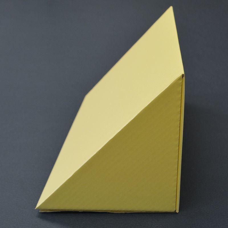 三角柱段ボール