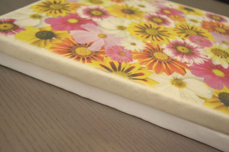 布の色 白と生成